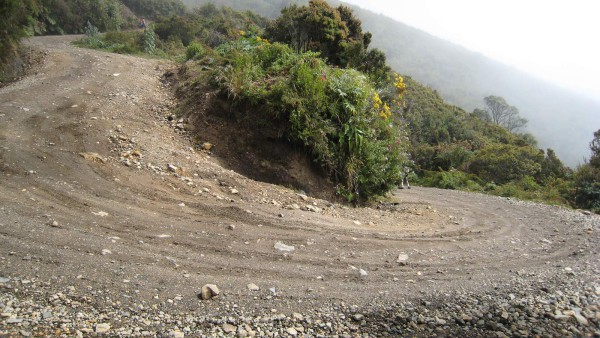 A rugged 4WD road winds around and climbs steeply to reach the summit of Volcán Turrialba