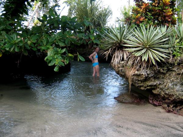 Piscina Natural tiny beach