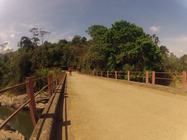 Crossing the Rio General