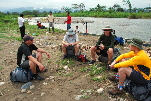 The canoe dropped us on the opposite bank of the Río Lari where we met our porters, shouldered our packs and set out on foot for Coroma