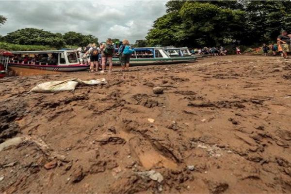 Pavona Lancha Mud Pit