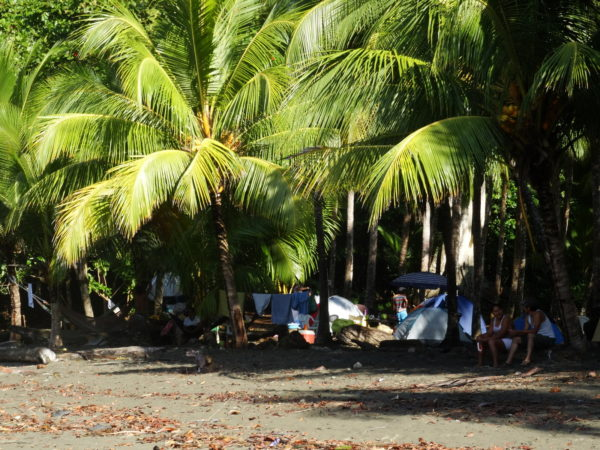 Camping on playa Ventanas - south central Pacific