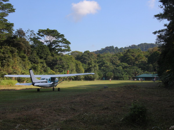 Fly in Camping - Grass Landing Strip at Sirena Station