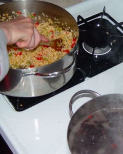 Gallo Pinto-Cook the beans, cook the rice