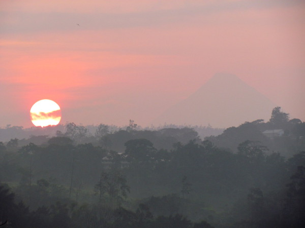 Sunrise Arenal feels like India this morning
