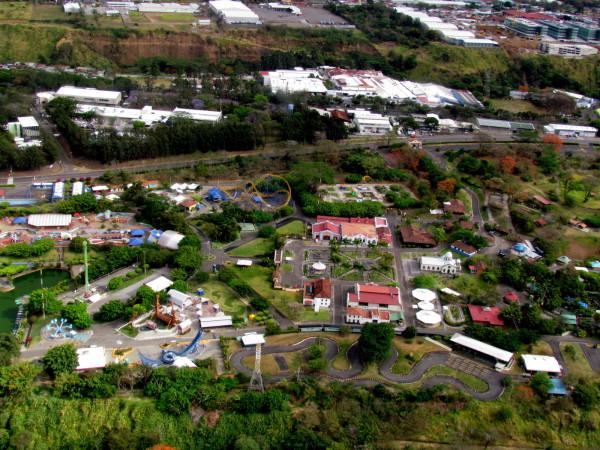 Parque de Diversiones - Amusement park, Pavas from the air