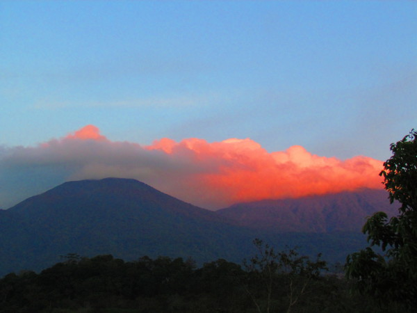 Sunset tinged clouds over volcán Tenorio
