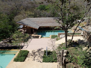 Pool and swim up bar , Rio Perdido