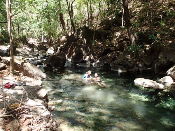 There were dozens of private pools along the Río Agua Caliente (Río Perdido) where we could enjoy the natural hot mineral waters...for about five minutes...the air temperature was in the nineties and cold water was much more desirable!
