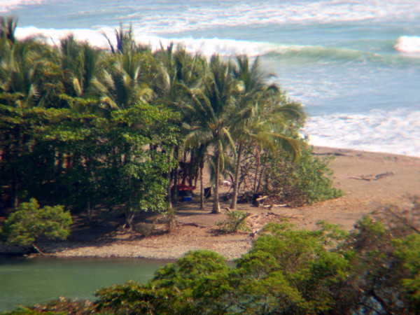 Camping by the mouth of the Baru river just outside Dominical