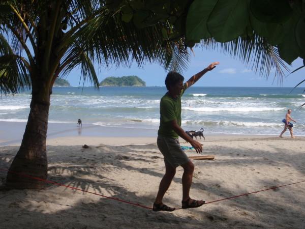 Slackline Samara beach Costa Rica