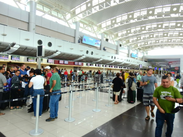 SJO airport check-in